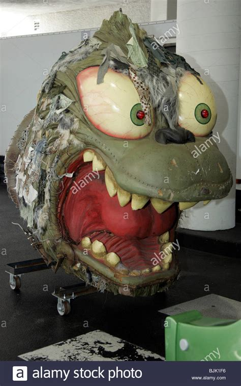 """BARK AMPLIFIER FROM """"HOW THE GRINCH STOLE CHRISTMAS"""