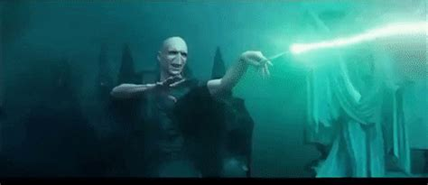Avada Kedavra GIFs - Find & Share on GIPHY