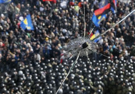 Ukraine Far-Right Extremists in Kiev Parliament Clashes
