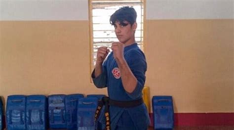 Akshay Kumar shows how fast he can punch and kick in