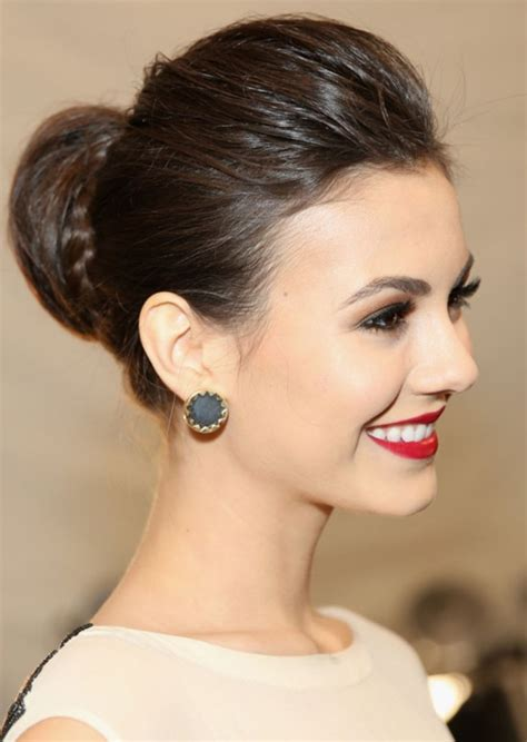 40 Stylish Hairstyles and Haircuts Ideas For College Girls