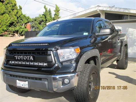 Who has mounted a lightbar behind your grille?   Toyota